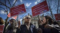França vai passar a multar os clientes de prostitutas