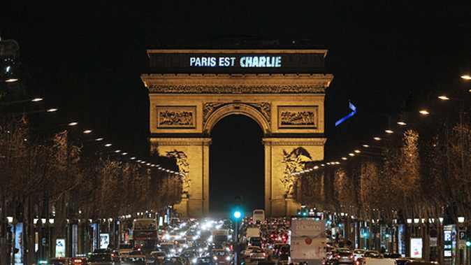 França: Três dias de terror chegam ao fim com 20 mortos