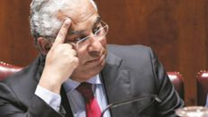 PSD usa adiamento de sanções para atacar Costa