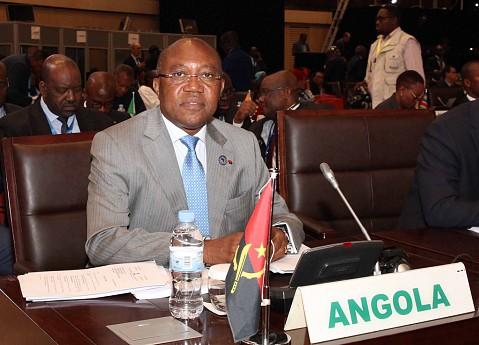 Manuel Augusto ministro das Relações Exteriores representa o Presidente da República, João Lourenço.