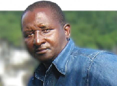 Francisco Lopes considera péssimo o saneamento básico de Luanda