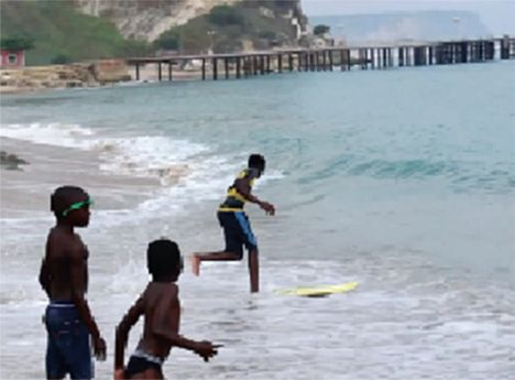 Com praias limpas e belas o município do Porto Amboim está directamente ligado ao advento da cultura do café em Angola