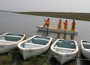 Centenas de barcos foram já distribuídos pelo Governo a associações de pescadores e a pescadores individuais um pouco por todo o país