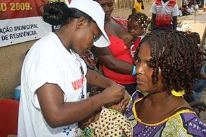 Em 2009 foram realizadas campanhas de vacinação que culminaram com a imunização de 137.537 crianças