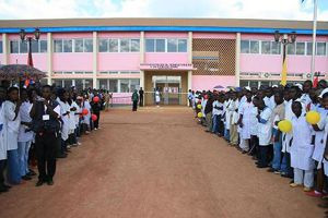 A província do Zaire precisa de mais de mil novos professores para o presente ano