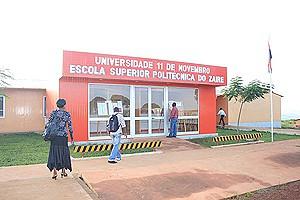Pormenor das instalações do Instituto Superior Politécnico que veio alargar as possibilidades de formação académica no Zaire