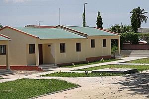 Ao longo dos últimos anos surgiram em Mbanza-Congo empreendimentos de carácter social como as residências para os médicos