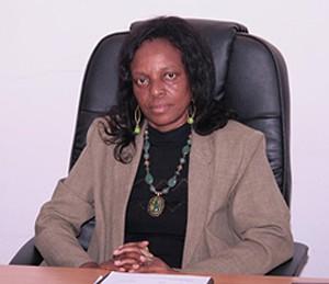 Bacharel em pedagogia é professora, secretária da OMA e directora dos Assuntos Sociais