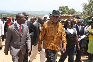 Governador da província do Huambo Faustino Muteka esteve em Tchinjenje