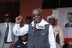 Boaventura Cardoso, governador da província de Malange
