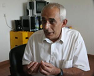 Director-geral da fábrica, René Kardone