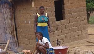 A população que antes fugiu do conflito armado regressou e retomou a vida normal