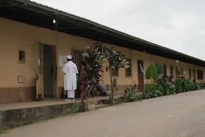 Sanatório de Cabinda onde as autoridades sanitárias estão preocupadas pelo facto de muitos doentes abandonarem a medicação