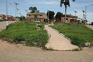 O emblemático bairro do Mbemba Ngango possui espaços verdes que precisam de ser melhor cuidados