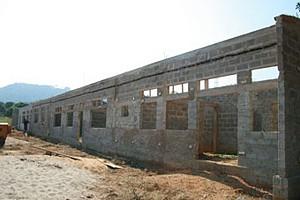 Obras de construção civil para criação de várias infraestruturas no município de Pango Aluquém