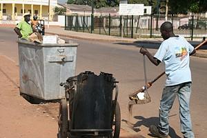 Em Saurimo são recolhidas diariamente mais de 170 toneladas de lixo, depositado em 260 contentores