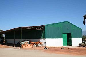 A fazenda Vralelo tem em carteira a construção de infra-estruturas sociais para os trabalhadores e para as comunidades