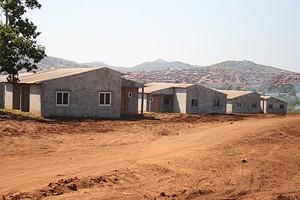 As novas casas no bairro Katome são resultado do programa de realojamento dos ex-moradores dos bairros Azul e Boavista