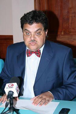 Presidente das AAA São Vicente
