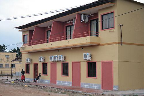 Os visitantes podem contar com boas condições de hospedagem