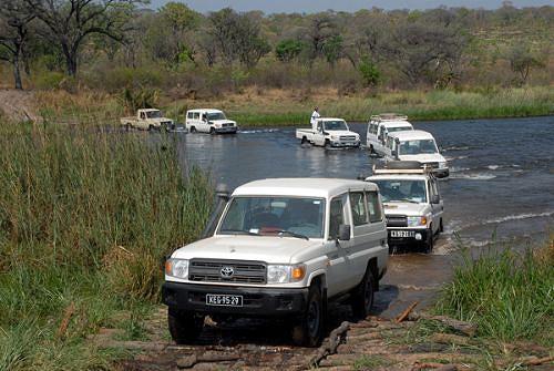 Actualmente a circulação rodoviária só é possível no Cacimbo por causa do rio que tem enorme caudal