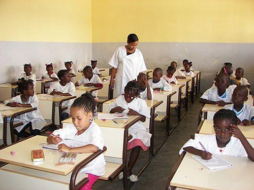 O número de alunos inseridos no sistema normal de ensino não pára de crescer