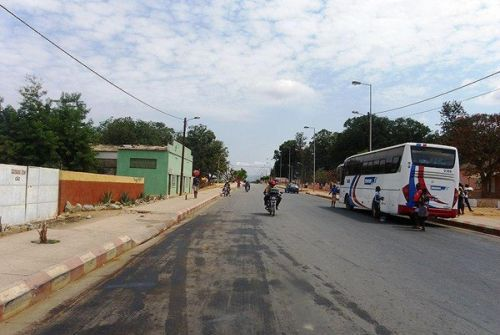 A reabilitação das vias está a facilitar o tráfego de autocarros de passageiros no município da Jamba