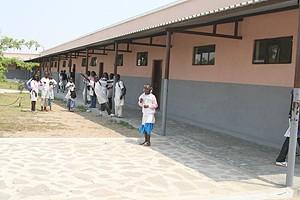 As escolas do primeiro ciclo da cidade do Namibe estiveram abarrotadas de crianças no último ano lectivo