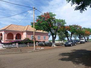 Projectos de impacto social  permitiram dinamizar a vida na  vila de Chiange sede do município dos Gambos