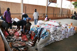 Grandes quantidades de alimentos foram distribuídas às pessoas carenciadas na província do Kwanza-Norte