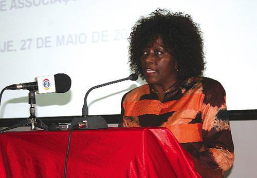 A vice-governadora para o Sector Político e Social Alice Van-Dúnem é uma das mulheres de destaque na sociedade malanjina