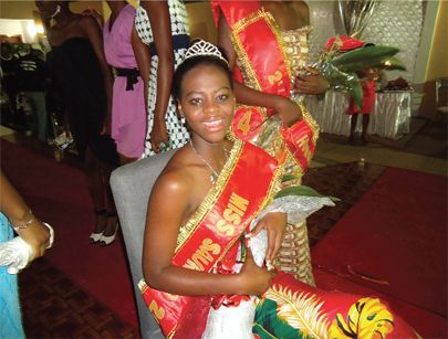 Miss Saurimo Sulaina Kalupeteka durante a gala