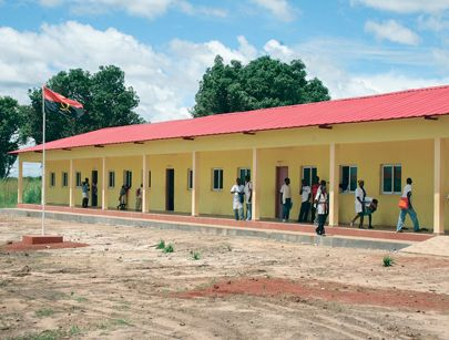 A construção de várias escolas do primeiro e segundo ciclo vai merecer maior atenção