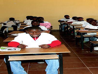 Executivo aposta no sector da Educação