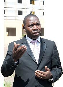Administrador Moisés Kachipaco referiu que estão em construção milhares de habitações