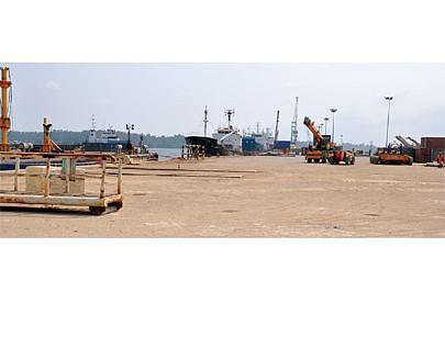 Investimentos vão relançar a actividade portuária