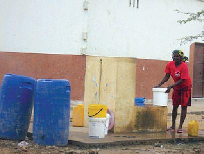 O abastecimento de água potavel às populações melhorou consideravelmente com a implementação do programa