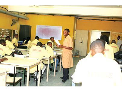 O curso de electricidade consta entre os mais procurados na província do Kwanza-Sul