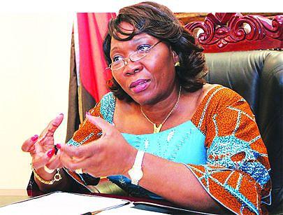 Embaixadora de Angola na África do Sul destaca impulso nas relações bilaterais com a chegada de Jacob Zuma ao poder