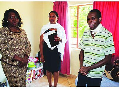 Chefe da missão diplomática visita doentes em tratamento em Pretória