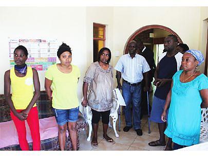 Pacientes angolanos enviados pela Junta Nacional de Saúde para assistência médica em hospitais de Joanesburgo