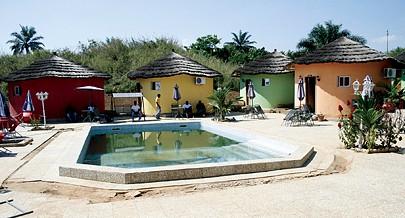 Hotel Kwango é uma unidade turística de referência construída em tempo de paz ao longo da estrada que liga o município do Uíge ao Songo