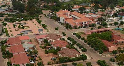 Um ângulo da cidade de Menongue onde estão em curso diversas acções de impacto social