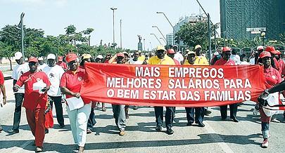 Dia Internacional do Trabalhador é comemorado hoje em todo o mundo com manifestações a favor da melhoria da relação entre empregadores e trabalhadores