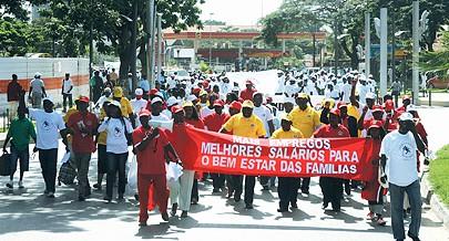 Sindicatos e trabalhadores marcham hoje em Luanda para saudar a data e apelar para o reforço das condições sociais e de trabalho