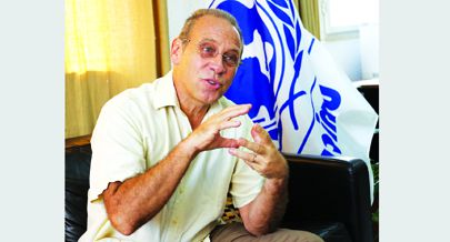 Koen Vanormelingen aconselha angolanos a investirem na educação nas zonas rurais