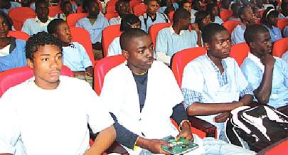 Executivo está preocupado com o uso de drogas por isso foi elaborado um programa cuja primeira fase decorre na cidade do Lubango