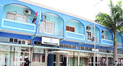 Comando Provincial da Polícia Nacional de Benguela onde os responsáveis pedem aos agentes para fazerem um serviço de qualidade
