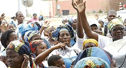 Todos os dias o Santuário recebe peregrinos vindos de várias províncias e do mundo