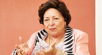 Maria Eugénia Neto diz que os angolanos devem evitar o conformismo e trabalhar mais